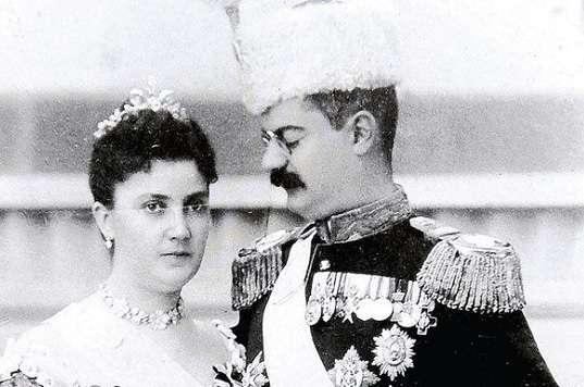 Alexander Porokhovshchikov decided to divorce his young wife 02.02.2010 50