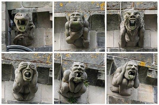 Статуи горгульи