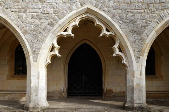Recorded For The First Time In Christian Architecture During Gothic Era Pointed Arch Was Used To Direct Weight Of Vaulted Roof Downward