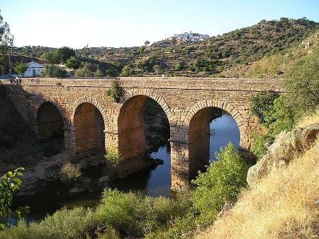 examples of roman engineering skills